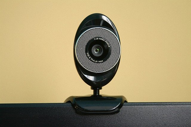 Lenovo webcam not working in Windows 10